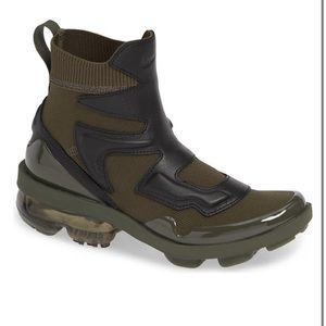 Nike Air VaporMax Light II Pull On Style Sneaker 8